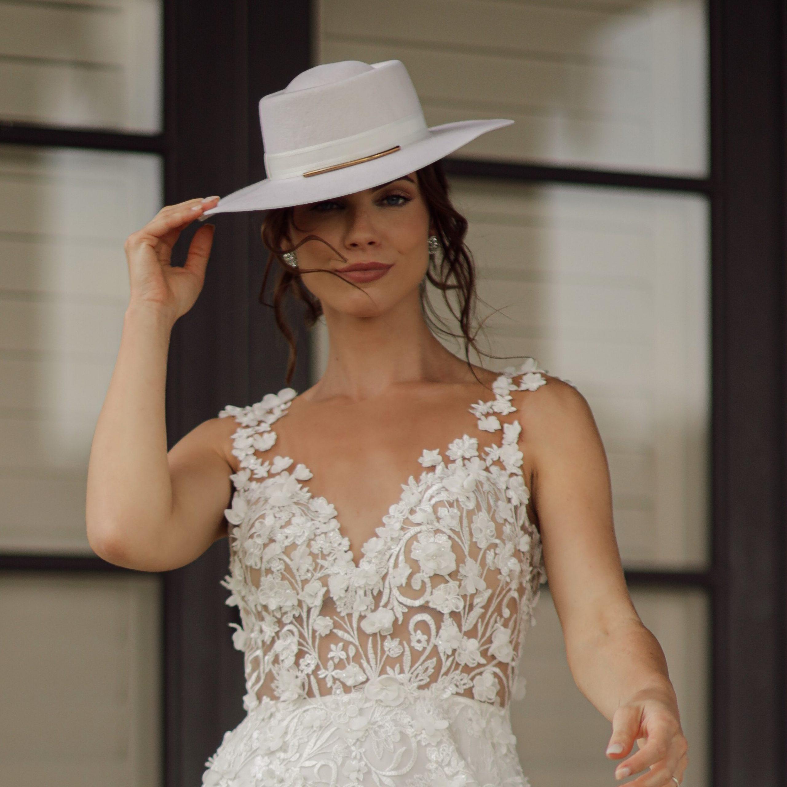 Lauren bride gambler 100% wool hat ivory
