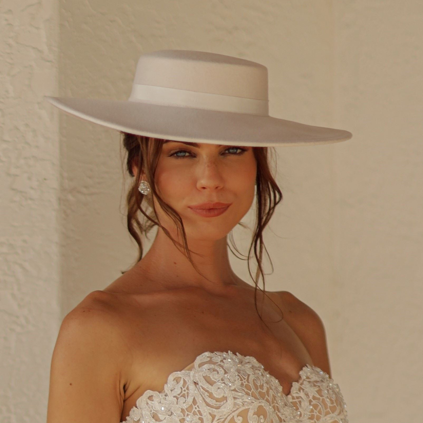 Bridal boater wool ivory hat